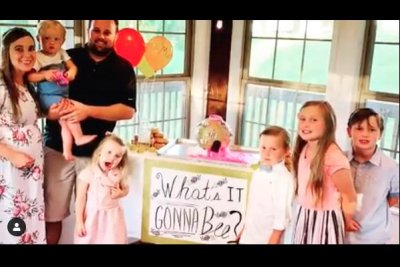 Anna Duggar says baby No. 6 is a girl