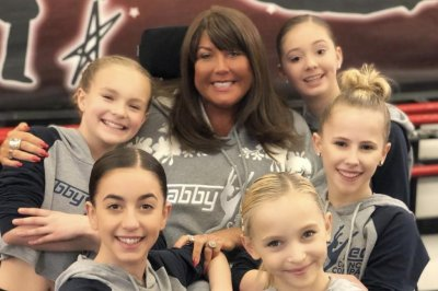 Abby Lee Miller apologizes to 'Dance Moms' stars for past 'hurt'