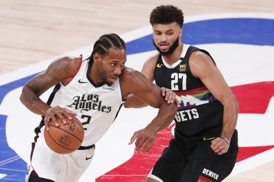 NBA playoffs: Clippers defense smothers Nuggets in Game 4 win
