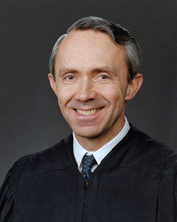 Court bids Souter an affectionate farewell