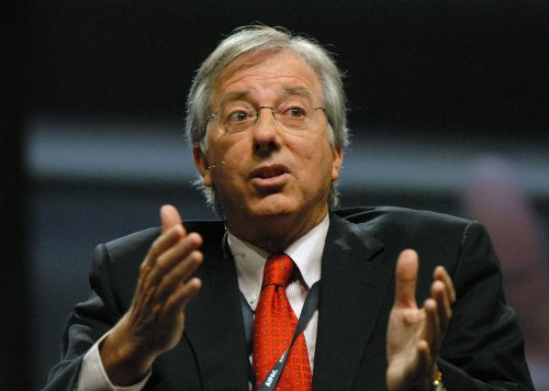 Dennis Ross: Don't rule out force on Iran