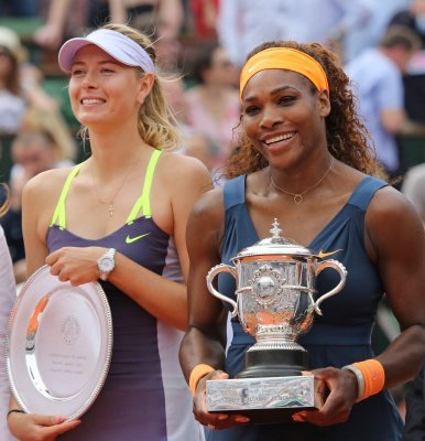 Maria Sharapova fires back at Serena Williams' comments on her personal life, Serena apologizes