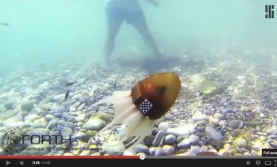 Octopus robot can crawl, carry objects, swim really fast