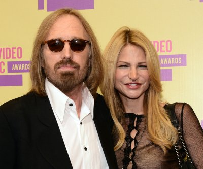 Tom Petty's new song plays during 'Entourage' film credits