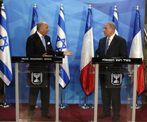 French minister visits Jerusalem to restart Israeli-Palestinian peace talks