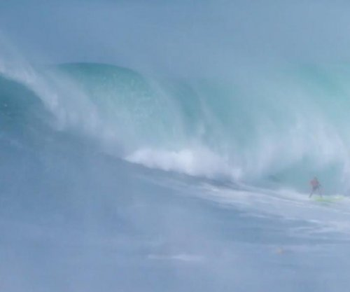 Eddie Aikau big wave surfing event returns after 7 years