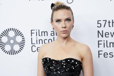 Scarlett Johansson on Colin Jost's proposal: 'He killed it!'