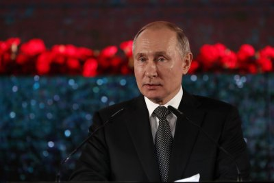 Russian regions OK changes to allow Putin 2 more terms as president