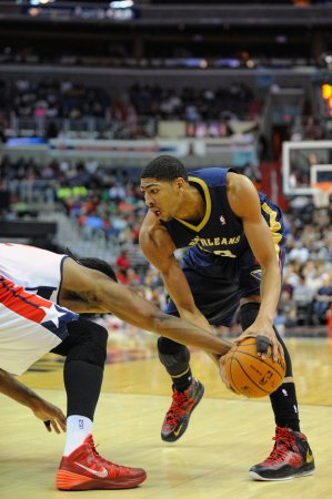 Anthony Davis, Pelicans upend Kings