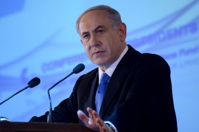Israeli PM Netanyahu arriving to U.S., Americans divided on speech