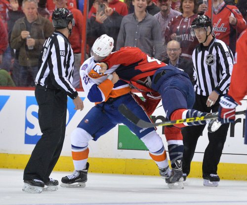 Washington Capitals crush New York Islanders