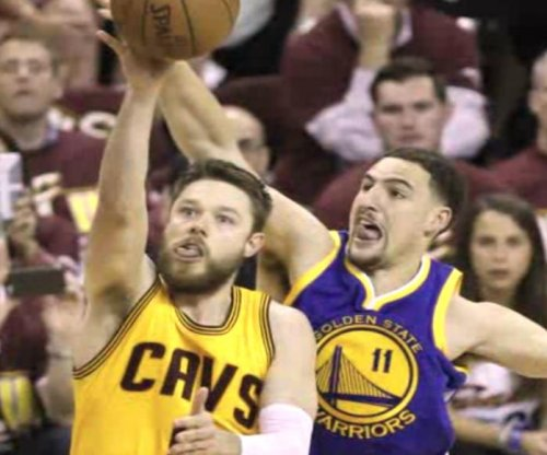 Cleveland Cavaliers' Dellavedova, Shumpert ready for Game 4
