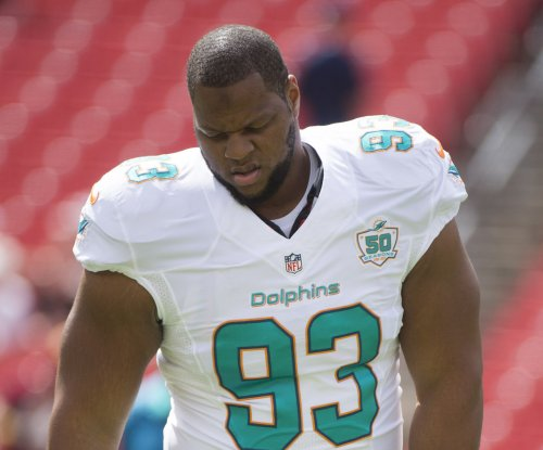 Miami's Ndamukong Suh apologizes to his mom for curse