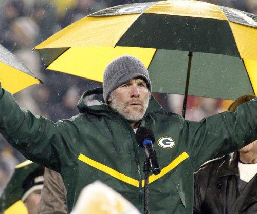 Brett Favre's Hall of Fame induction begins a run on quarterbacks