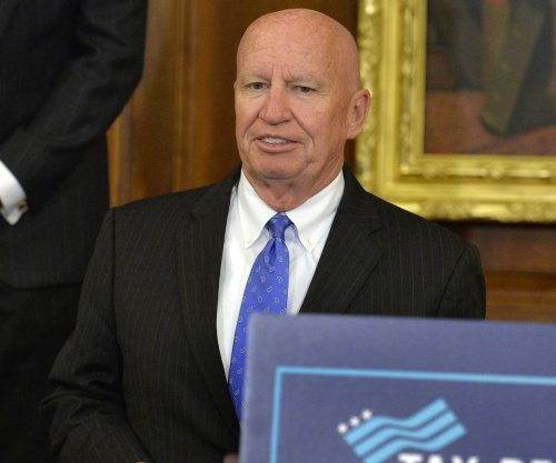 Rep. Brady pushes U.S. business growth in defense of tax plan
