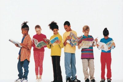 Boys lag behind girls in reading by 4th grade