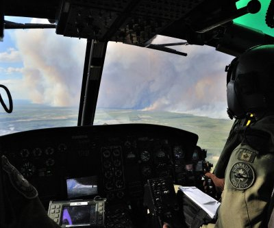 Canadian oil sands cleared for re-entry near fire-ravaged Fort McMurray