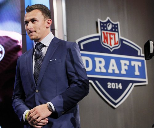 Does Johhny Manziel still have a shot with the Dallas Cowboys?