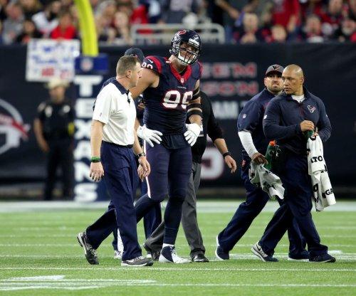 Houston Texans DE J.J. Watt leaves with knee injury vs. Kansas City Chiefs