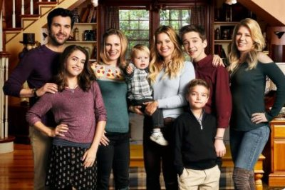 Netflix renews 'Fuller House' for fifth and final season
