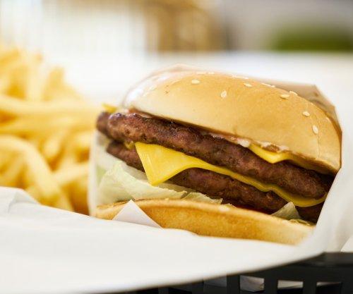 Website seeks 'cheeseburger tester' to find top burger in U.S.
