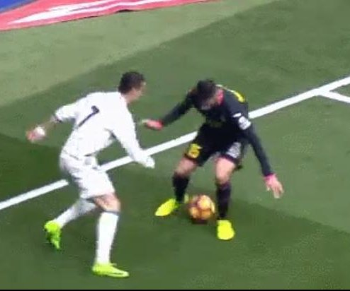 Watch: Cristiano Ronaldo performs incredible nutmeg