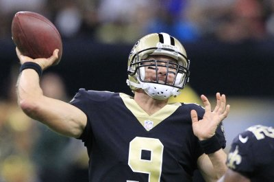 Drew Brees, New Orleans Saints offense off to sputtering start