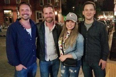 'Boy Meets World' stars reunite in Boston