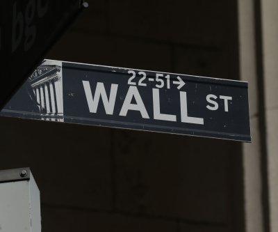 Dow climbs 410 points amid rising tech stocks, COVID-19 stimulus hopes