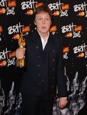 McCartney is to be host of virtual dinner