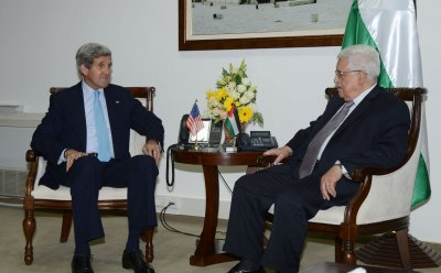 Kerry announces agreement on 'basis' for Mideast peace talks