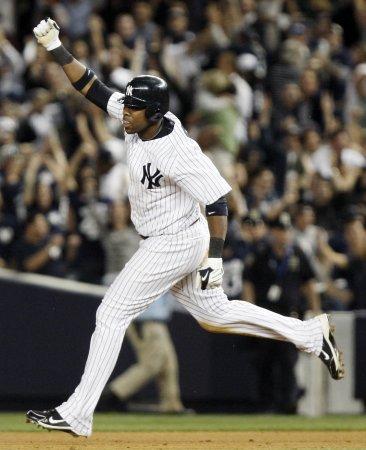 MLB: N.Y. Yankees 7, Toronto 6 (10 inn.)