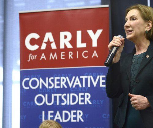 Carly Fiorina shows love for Ted Cruz's daughters in song