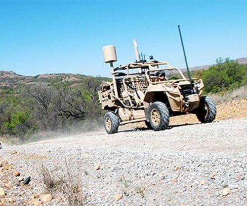U.S. Army tests dune buggy-like Hunter, Killer vehicles