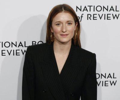 Meryl Streep's daughter Grace Gummer files for divorce