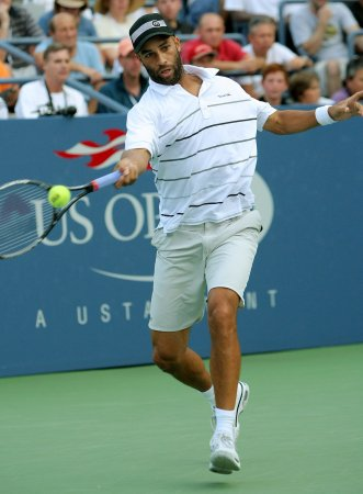 Blake opens Moselle Open with win