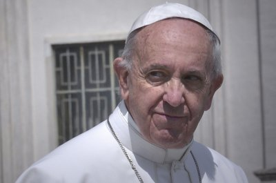 Pope Francis calls for powerful to 'act humbly' or face ruin