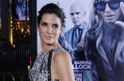 Sandra Bullock to play filibustering senator Wendy Davis in new film