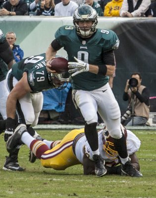 Foles to start at quarterback Sunday for Philadelphia