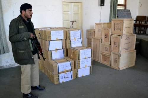 Pakistanis in Baluchistan province prepare for historic vote