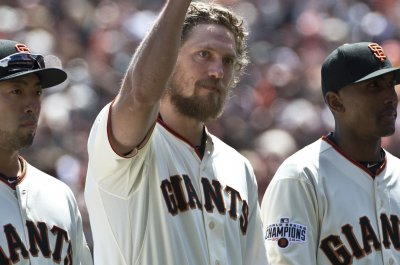 San Francisco Giants pound out 22 hits in 15-2 win