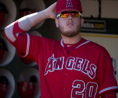 C.J. Cron's five RBIs carry Los Angeles Angels past Texas Rangers