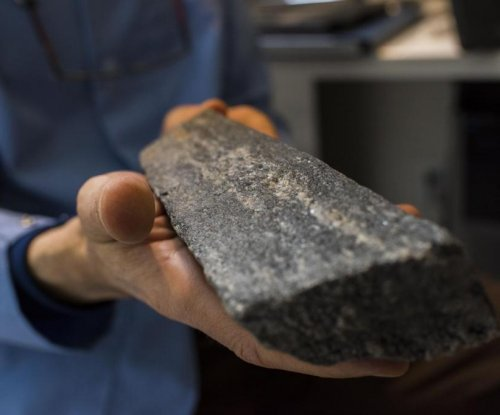 World's oldest rock offers insights into early continental crust formation