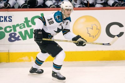 Patrick Marleau scores 500th as San Jose Sharks win in Vancouver Canucks