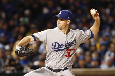 Homers back Alex Wood as Los Angeles Dodgers rout Miami Marlins