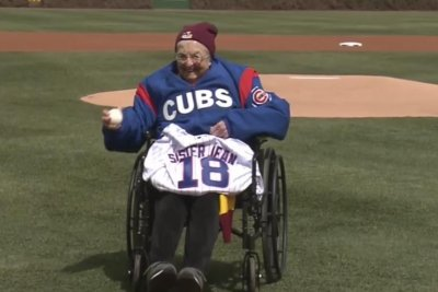 Sister Jean wings first pitch at Chicago Cubs game