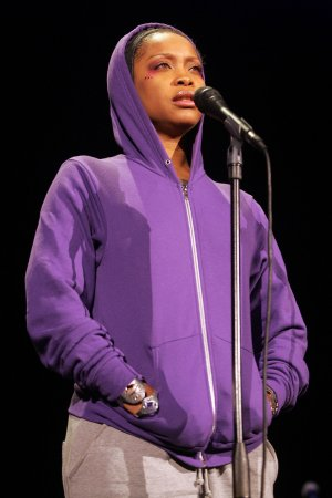 Erykah Badu defends Swaziland performance criticized by human rights groups