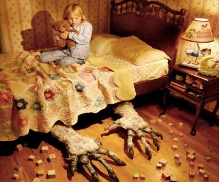 Father uses daughters and wife for 'Horror' photography
