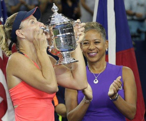 New No. 1 Angelique Kerber reigns at U.S. Open
