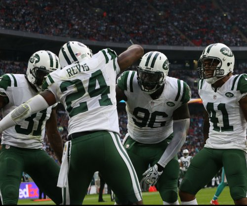 Darrelle Revis' skills continue to slip, but he still has lots of support